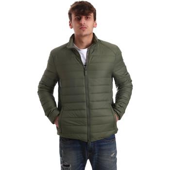Oblečenie Muži Vyteplené bundy Invicta 4431683/U Zelená