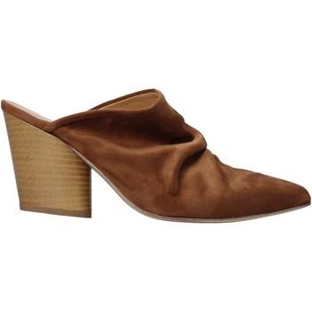 Topánky Ženy Nazuvky Grace Shoes 7241003 Hnedá