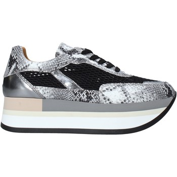 Topánky Ženy Módne tenisky Grace Shoes 331033 Biely