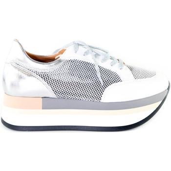 Topánky Ženy Nízke tenisky Grace Shoes 331009 Striebro