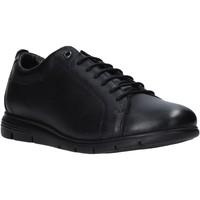 Topánky Muži Nízke tenisky Impronte IM01010A čierna