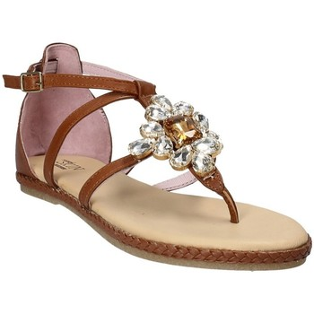 Topánky Ženy Sandále Stonefly 110497 Hnedá