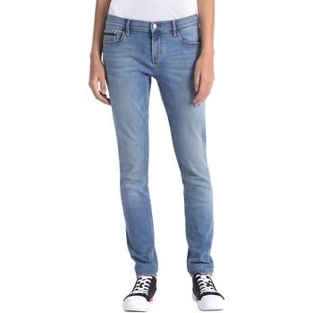 Oblečenie Ženy Rifle Calvin Klein Jeans J20J206356 Modrá