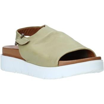 Topánky Ženy Sandále Bueno Shoes 9N3404 Zelená