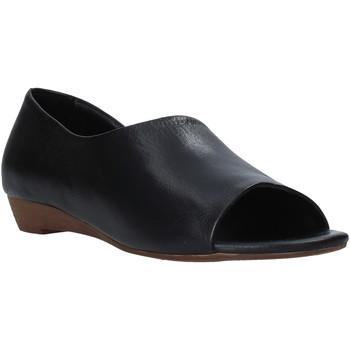 Topánky Ženy Sandále Bueno Shoes J1605 čierna
