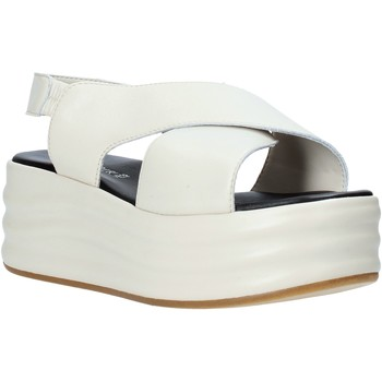 Topánky Ženy Sandále Café Noir GG426 Béžová