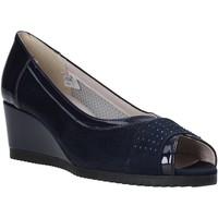 Topánky Ženy Sandále Comart 023353 Modrá