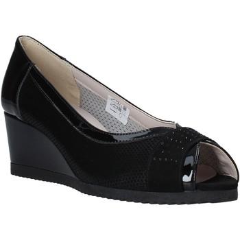 Topánky Ženy Sandále Comart 023353 čierna