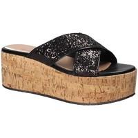 Topánky Ženy Šľapky Fornarina PE18RO2916 čierna