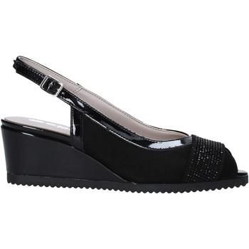 Topánky Ženy Sandále Comart 022889ST čierna