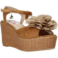 Topánky Ženy Sandále Love To Love GIN575 Hnedá