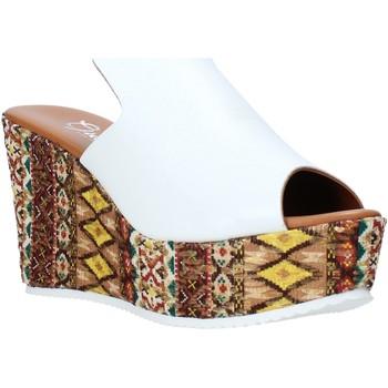 Topánky Ženy Šľapky Grace Shoes 11 Biely
