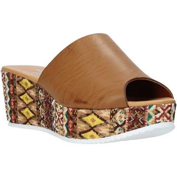 Topánky Ženy Šľapky Grace Shoes 10 Hnedá