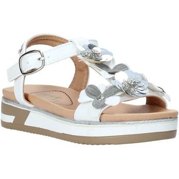Topánky Dievčatá Sandále Miss Sixty S20-SMS781 Biely