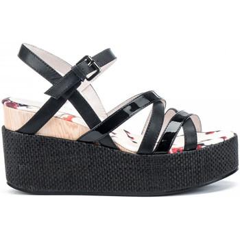 Topánky Ženy Sandále Lumberjack SW40006 003 O20 čierna