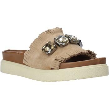 Topánky Ženy Šľapky Bueno Shoes CM2217 Béžová