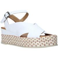 Topánky Ženy Sandále Bueno Shoes Q5901 Biely