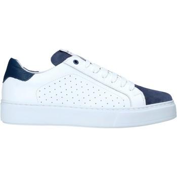Topánky Muži Nízke tenisky Exton 860 Biely