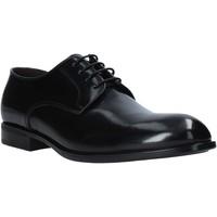 Topánky Muži Derbie Exton 1394 čierna