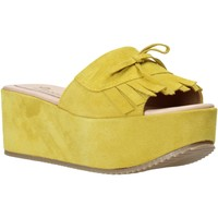 Topánky Ženy Šľapky Grace Shoes C3 žltá