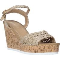 Topánky Ženy Sandále Gold&gold A20 GJ263 Béžová