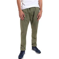 Oblečenie Muži Nohavice Chinos a Carrot Gaudi 011BU25015 Zelená
