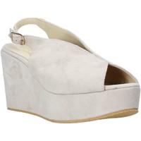 Topánky Ženy Sandále Esther Collezioni ZC 107 Béžová