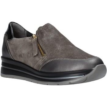 Topánky Ženy Slip-on Grunland SC4979 Hnedá