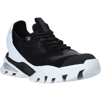 Topánky Muži Nízke tenisky Calvin Klein Jeans B4S0665 čierna