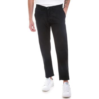 Oblečenie Muži Nohavice Chinos a Carrot Gaudi 821BU25007 čierna