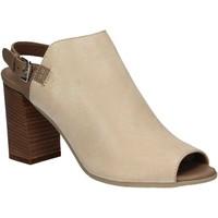 Topánky Ženy Sandále Mally 5738 Béžová
