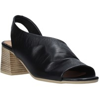 Topánky Ženy Sandále Bueno Shoes N1300 čierna