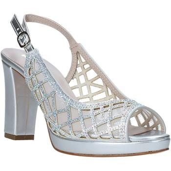 Topánky Ženy Sandále Comart 303331 Striebro