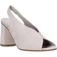 Topánky Ženy Sandále Comart 7B3418 Béžová
