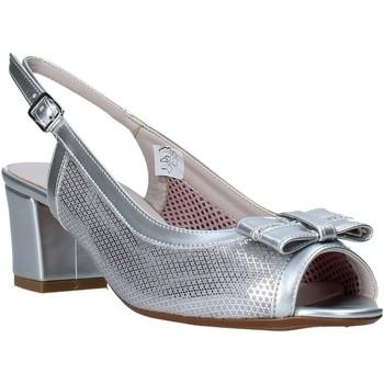 Topánky Ženy Sandále Comart 293304 Striebro