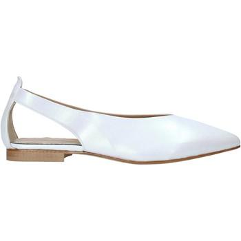 Topánky Ženy Sandále Mally 6817 Biely