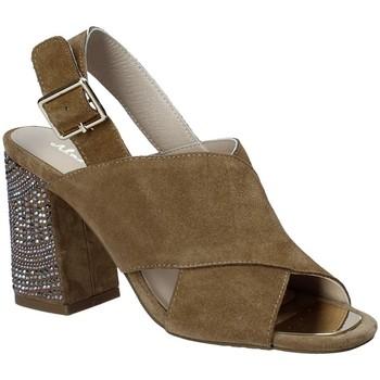 Topánky Ženy Sandále Alma En Pena V18277 Hnedá