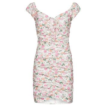 Oblečenie Ženy Krátke šaty Guess INGRID DRESS Ružová