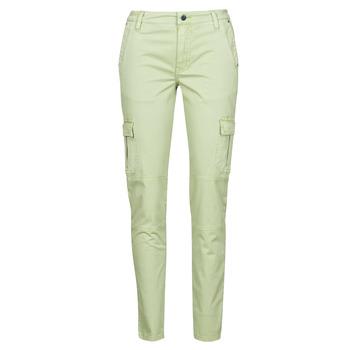 Oblečenie Ženy Nohavice Cargo Guess SEXY CARGO PANT Zelená