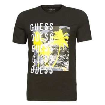 Oblečenie Muži Tričká s krátkym rukávom Guess CAMUSPACE CN SS TEE Čierna / Viacfarebná