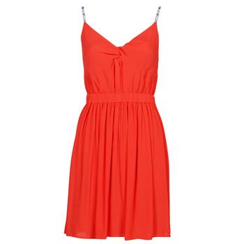 Oblečenie Ženy Krátke šaty Tommy Jeans TJW ESSENTIAL STRAP DRESS Červená