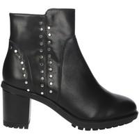 Topánky Ženy Čižmičky Repo B22435-I0 Black