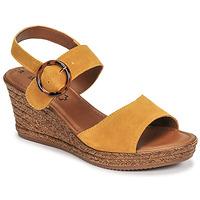 Topánky Ženy Sandále S.Oliver SAPINO Žltá horčicová
