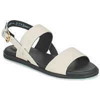 Topánky Ženy Sandále Clarks KARSEA STRAP Biela