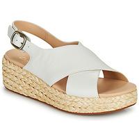 Topánky Ženy Sandále Clarks KIMMEI CROSS Biela