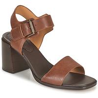 Topánky Ženy Sandále Clarks LANDRA70 STRAP Hnedá