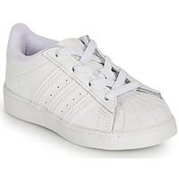 Topánky Dievčatá Nízke tenisky adidas Originals SUPERSTAR EL I Biela / Perleťový