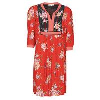 Oblečenie Ženy Krátke šaty Derhy SARRIETTE Červená