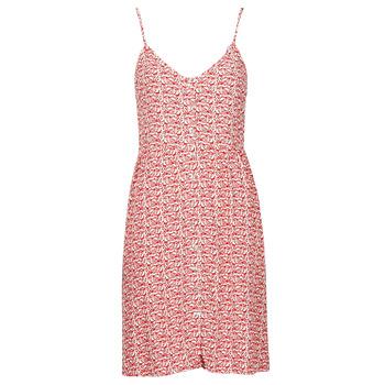 Oblečenie Ženy Krátke šaty Le Temps des Cerises SIERO Červená