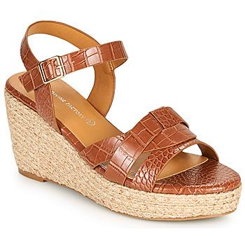 Topánky Ženy Sandále The Divine Factory QL4351 Ťavia hnedá